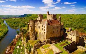 Chateau de beynac forteresse